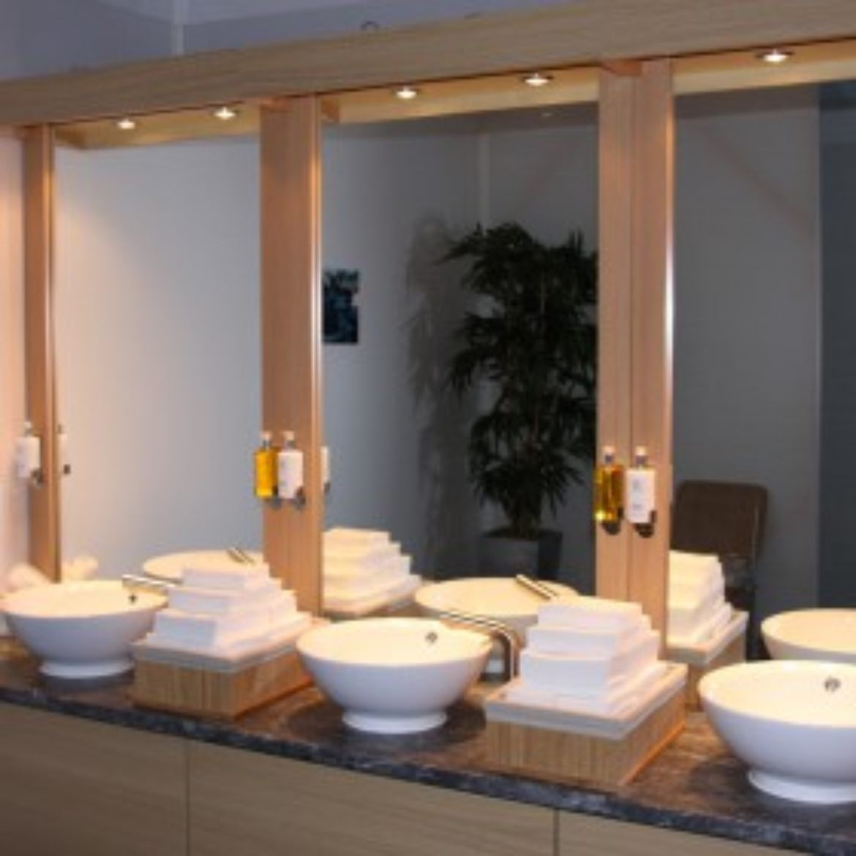 Toilets (11)