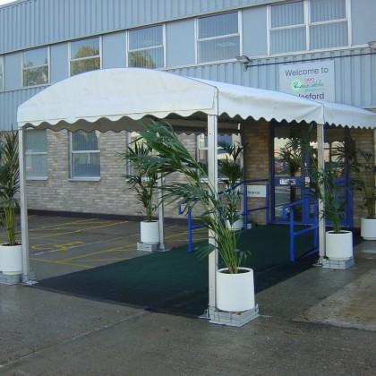 Arcum Entrance